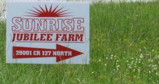 Eine Feier bei Sunrise Jubilee Farm