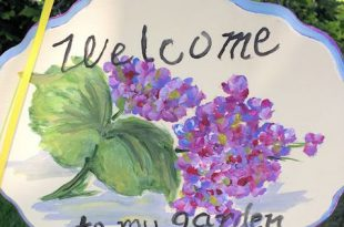 """Ein schöner Tag, um eine Garden Tour zu veranstalten: Sayville Garden Tour: """"Ein bisschen Gartenmusik ... und Kunst"""""""